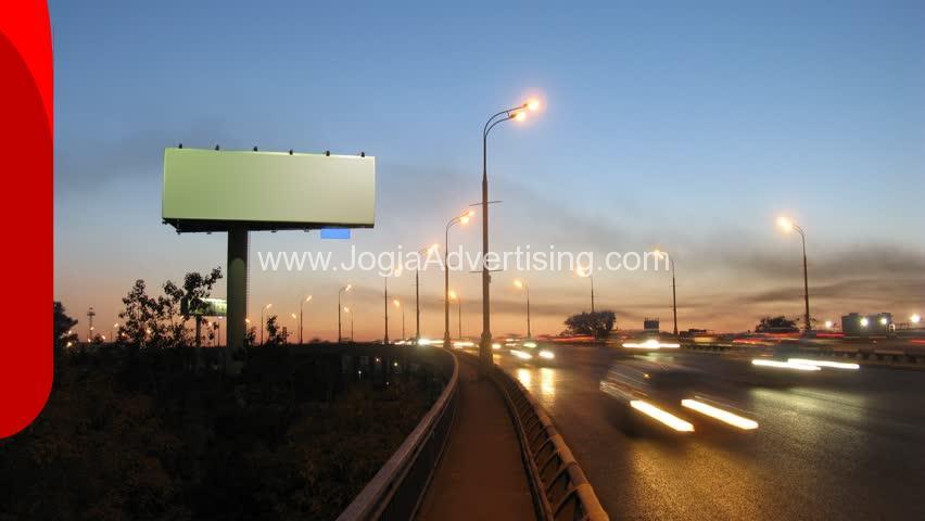 Jasa Pemasangan Billboard Terpercaya di Yogyakarta