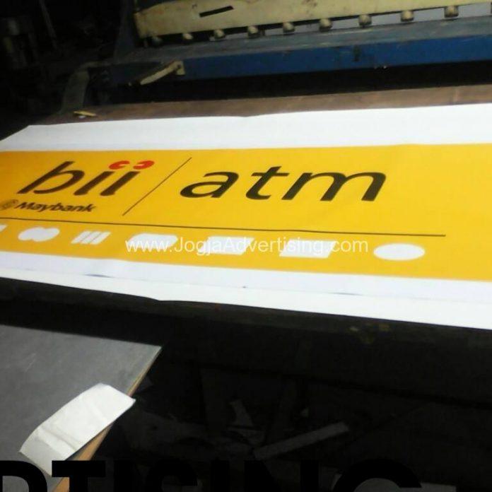 Jasa Pembuatan Neon Box di Kebumen, Harga Termurah dan Kualitas Terpercaya