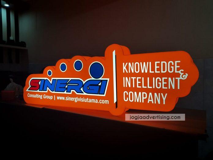 Jasa Pembuatan Neon Box di Rembang Profesional dan Termurah