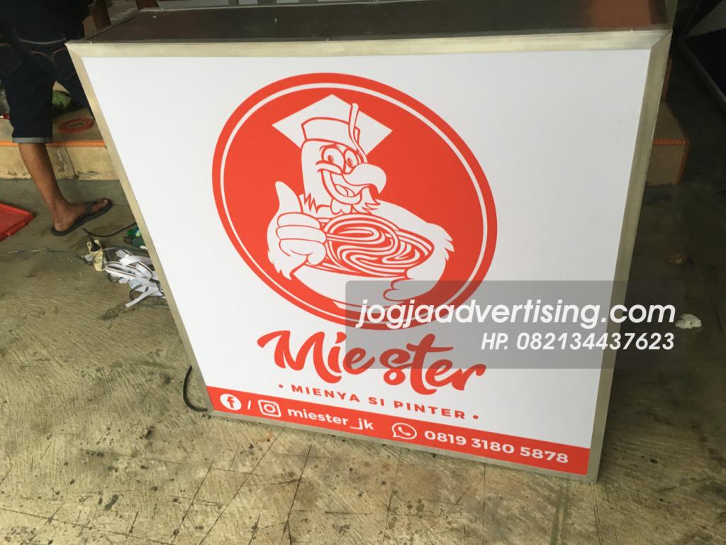 Jasa Pembuatan Neon Box di Sukoharjo, Harga Termurah dan Kualitas Terpercaya